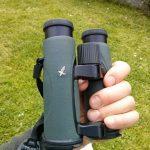 Swarovski EL 32 in the hand