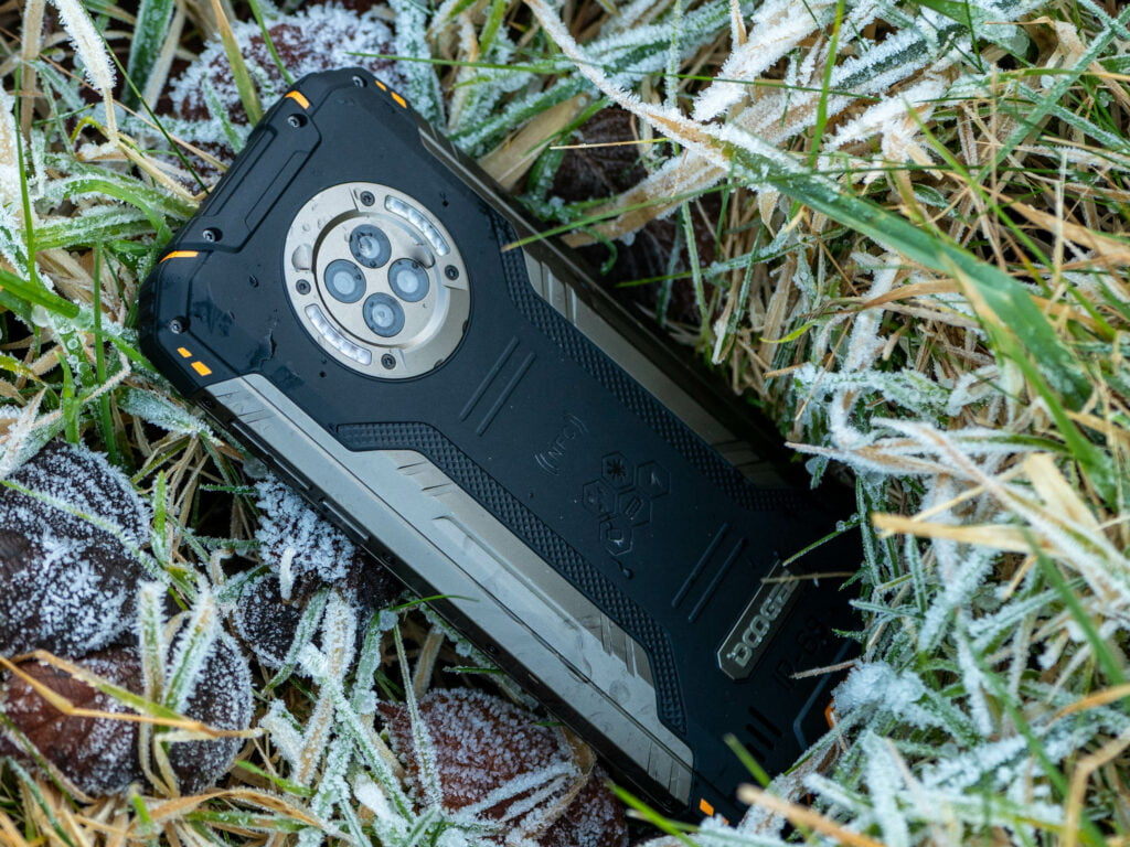 Doogee S96Pro Rugged Smartphone with Night Vision Camera